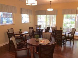 Charter Senior Living of Gainesville Image Gallery - Cafe
